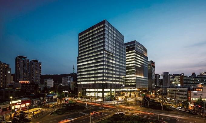 투자은행(IB) 업계가 추정하는 대우건설 매각 적정가격은 경영권 프리미엄을 포함해 1조8000억~2조원 수준이다. /사진제공=대우건설