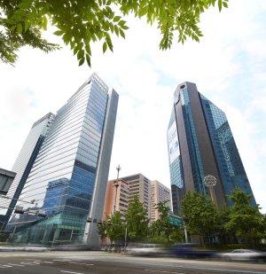 신한은 올해 두번째 희망퇴직… 산업·수출입·기업은 7년째 '0명'