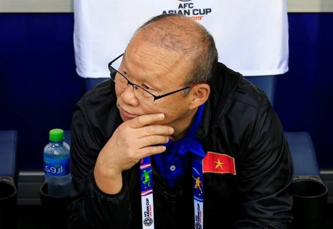 박항서 베트남 축구 국가대표팀 감독은 오는 16일(한국시각) 2022 카타르 월드컵 아시아 2차예선 이후 계속해서 베트남 대표팀을 맡을 것이라고 밝혔다. /사진=로이터