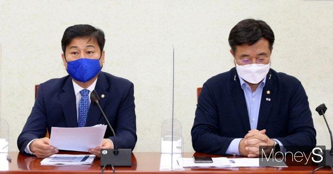 [머니S포토] 국회 원내대책회의, 발언하는 김영배
