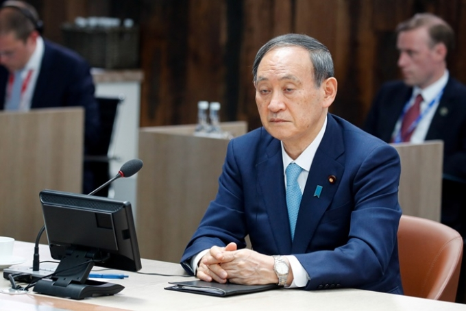 15일 NHK·지지통신·니혼게이자이신문(닛케이) 등에 따르면 일본 중의원에서 4개 야당이 모여 15일 스가 요시히데 장관(사진) 내각 불신임 결의안을 제출했다. /사진=로이터