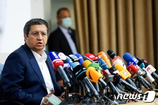 압돌나세르 헤마티 이란 대통령 후보. © 로이터=뉴스1