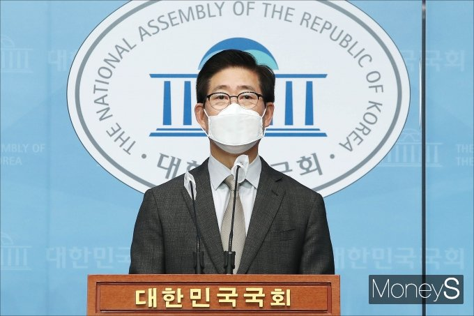 """[머니S포토] '대선출마' 양승조 """"결혼제도 개선, 양극화 등 위기 극복"""""""