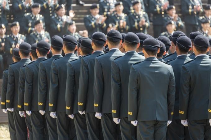 한 육군 소대장이 병사, 간부들에게 폭언을 했다는 제보가 올라왔다. 부대는 해당 소대장을 보직해임했다고 밝혔다. 사진은 기사 내용과는 무관함. / 사진=이미지투데이