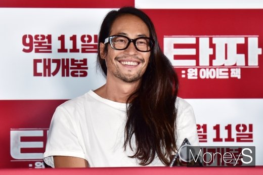 배우 류승범이 슬로바키아로 이주한다는 설이 제기됐다. /사진=임한별 기자