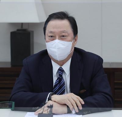 박용만 대한상공회의소 전 회장이 지난 2월18일 서울 중구 대한상의 회관에서 퇴임 기자간담회를 하고 있다. /사진=대한상의