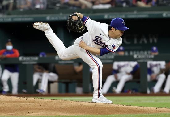 텍사스 레인저스는 17일(한국시각) 양현종을 마이너리그로 내려보낸다고 밝혔다. 사진은 양현종의 메이저리그 경기에서의 투구 장면. /사진=로이터
