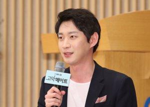 SBS '음주운전' 김윤상, 아나운서 팀 떠난다