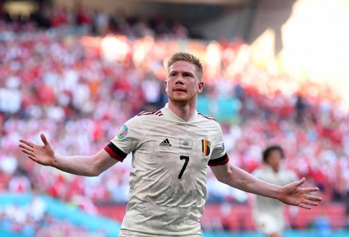 18일(한국시각) 벨기에가 덴마크를 꺾고 유로2020 16강 진출을 확정했다. 사진은 벨기에 대표팀 선수 케빈 데 브라이너. /사진=로이터