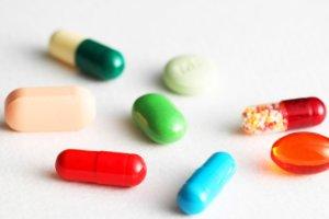 美 정부, '먹는' 치료제 개발에 3.4조 지원… 국내외 개발 상황은?