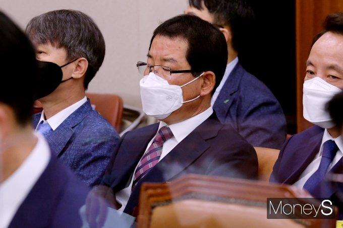 [머니S포토] 권순호 HDC 현산 대표, 국회 국토위 출석