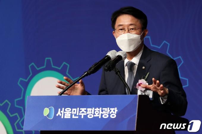 민주평화광장 공동대표인 조정식 더불어민주당 의원./뉴스1 © News1 황기선 기자