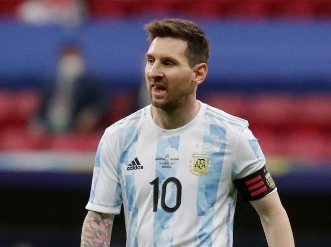 아르헨티나가 우루과이와의 코파아메리카 조별리그 두 번째 경기에서 메시의 어시스트를 앞세워 대회 첫 승을 기록했다. /사진=로이터