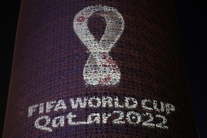 지난 20일(현지시각) 카타르 영자 매체 '페닌술라'와 AP통신 등에 따르면 카타르 총리가 신종 코로나바이러스 감염증(코로나19) 백신 미접종자의 경기 관람을 제한할 것이라고 밝혔다. 사진은 카타르 도하에 있는 2022 카타르 월드컵 홍보물. /사진=로이터