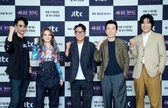 21일 오후 JTBC 새 예능 '슈퍼밴드2' 제작 발표회가 진행됐다. 사진은 심사위원단인 (왼쪽부터) 윤상·CL·윤종신·유희열·이상순. /사진=JTBC 제공