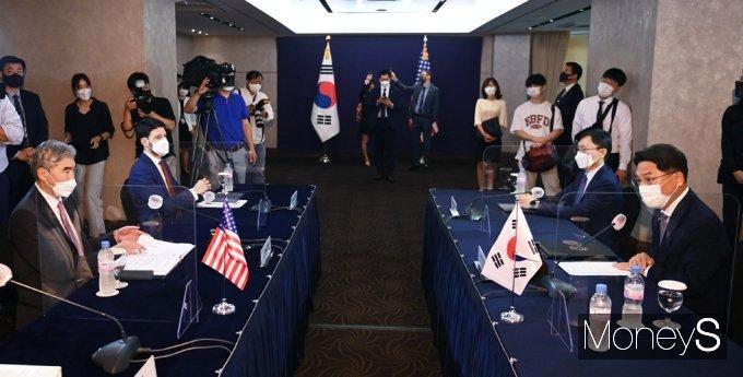 [머니S포토] '한미 북핵 수석대표 협의'