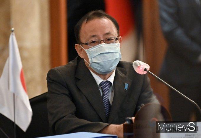 [머니S포토] 한미일 북핵 논의, 발언하는 후나코시 다케히로