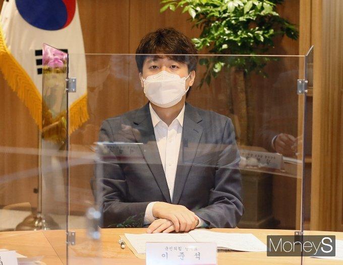 [머니S포토] 이준석 대표, 오세훈 시장과 현안감담회