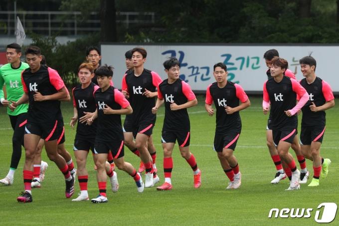 [사진] 훈련 시작하는 올림픽 축구대표팀