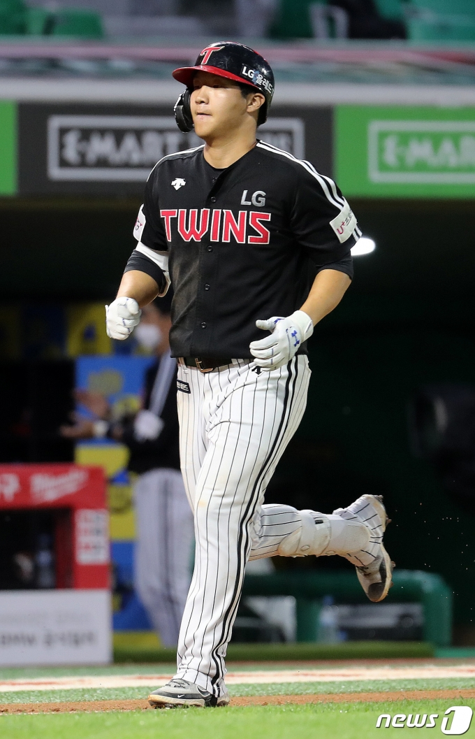 [사진] 문보경 '1점 홈런'