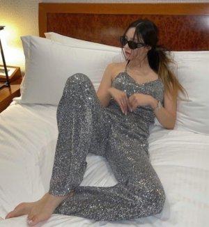 침대 위에서 시크하게… 티아라 효민, 은갈치 스웨그?
