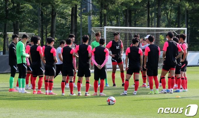 [사진] 도쿄올림픽 D-30, 담금질하는 축구 대표팀