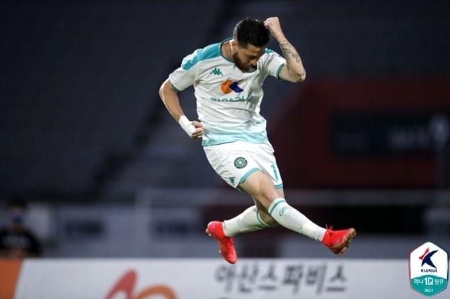 충남아산을 제압한 안산 그리너스. (한국프로축구연맹 제공) © 뉴스1