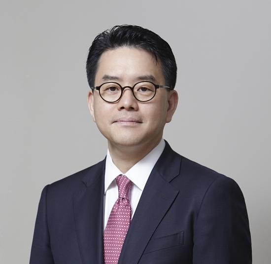 """강희석 이마트 대표, """"쿠팡 넘어 유통 1위 자신있다"""""""