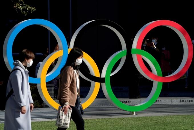 올림픽 선수단 확진자 숨기다 들킨 일본… 이래도 개최?