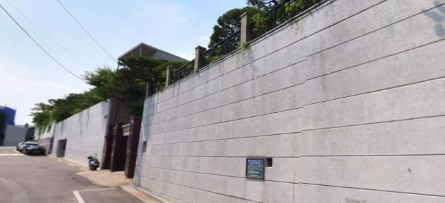 고(故) 이건희 삼성그룹 회장이 소유했던 서울 용산구 이태원동 단독주택. /사진=뉴스1·네이버지도