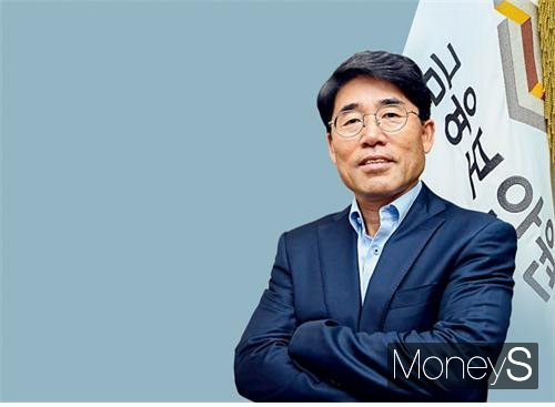"[CEO초대석] 김영기 금융보안원장 ""디지털시대, 보안 무시했다간 큰 코 다친다"""