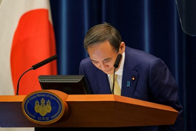 도쿄올림픽을 계기로 정상외교 전략을 펼치려던 일본의 구상이 무너지고 있다. 사진은 스가 요시히데 일본 총리 모습. /사진=로이터