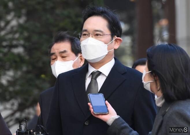 이재용 삼성전자 부회장이 법무부 가석방 심사 대상에 올랐다. / 사진=장동규 기자