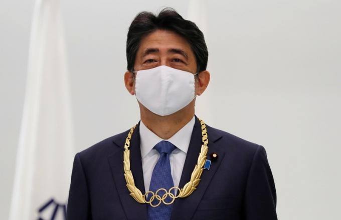 아베 신조 전 일본 총리가 올림픽 무관중 개최를 고려해 개회식에 불참한다. /사진=로이터