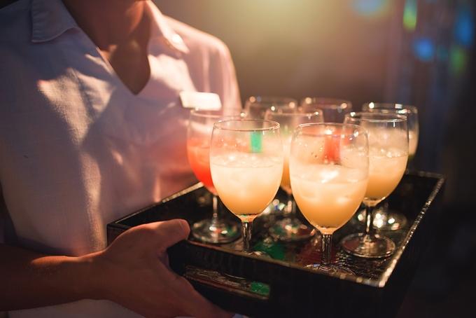 방역수칙을 위반하고 술파티를 벌인 대구의 한 유흥업소가 경찰에 적발됐다. 사진은 기사 내용과는 무관함. /사진=이미지투데이