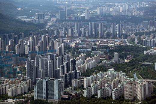 한국부동산원이 22일 발표한 '2021년 7월 3주(19일 기준) 전국 주간 아파트 가격 동향'에 따르면 전국 아파트값 상승률은 0.27%를 나타냈다. /사진=뉴스1