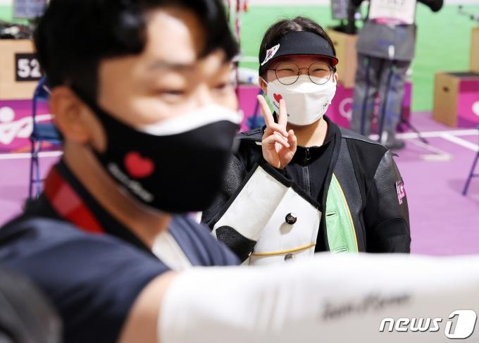 [사진] 권은지 '결선진출 좋아요'
