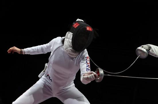 송세라가 24일 일본 지바 마루카히 메세 B홀에서 열린 2020도쿄올림픽 펜싱 여자 에페 16강에서 탈락했다. /사진=로이터