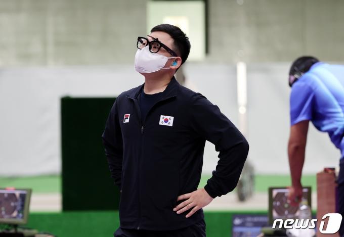 [사진] 김모세 '메달 사냥 실패'