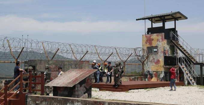 강원도 고성의 비무장지대(DMZ) 내에서 순직한 육군 병사의 사고경위와 관련한 중간수사 결과가 내주 발표될 예정이다./사진=뉴스1