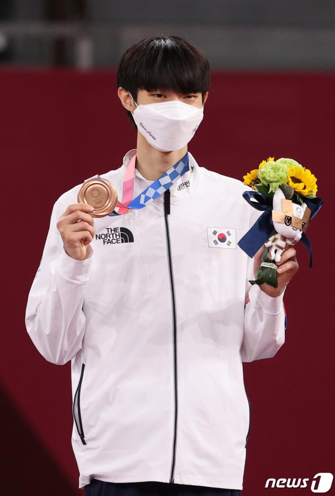 [사진] 장준, 태권도 57kg 동메달