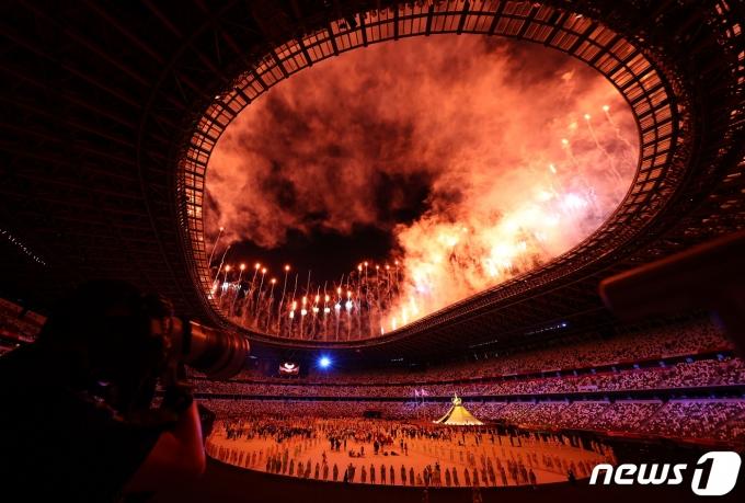 23일 일본 도쿄 국립경기장에서 2020 도쿄 올림픽 개막식이 펼쳐졌다. © 로이터=뉴스1 © News1 정수영 기자