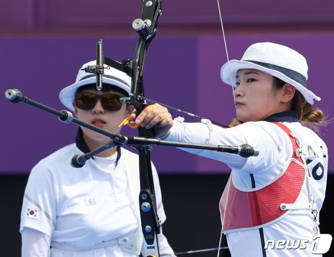 [사진] 양궁 강채영 '금메달을 향해'