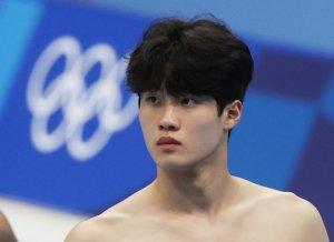 '제2의 박태환' 황선우, 자유형 200m 한국신기록… 전체 1위로 준결승행