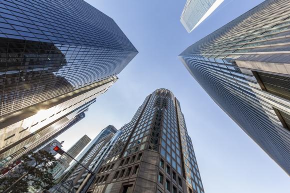 상장지수펀드(ETF) 시장이 급성장하면서 시장 점유율 5% 안팎의 4~6위 자산운용사 간 순위 싸움이 치열해지고 있다. 이중 ETF시장에서 보폭을 넓히고 있는 NH아문디자산운용(이하 NH아문디)의 성장이 눈길을 끈다./사진=이미지투데이