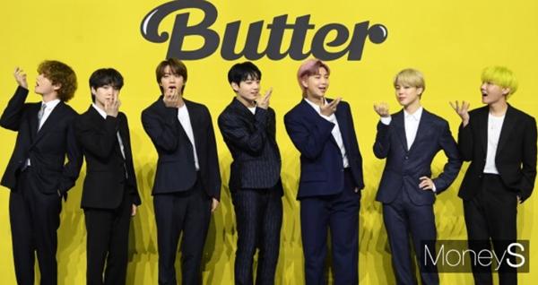 방탄소년단이 9주 연속 미국 빌보드 메인 싱글차트 1위에 올랐다. 사진은 방탄소년단(BTS)이 지난 5월21일 올림픽홀에서 열린 'Butter(버터)' 발매 기념 기자간담회에 참석한 모습. /사진=장동규 기자