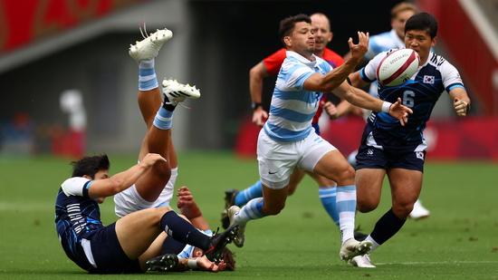 한국 럭비 대표팀이 27일 일본 도쿄스타디움에서 아르헨티나를 상대로 2020도쿄올림픽 7인제 럭비 조별라운드 A조 경기를 치르고 있다. /사진=로이터