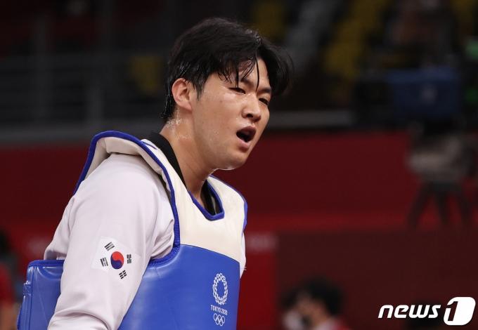 [사진] '투지' 인교돈, 태권도 80㎏급 동메달