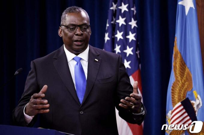 로이드 오스틴 미국 국방장관이 21일 (현지시간) 워싱턴 펜타곤에서 기자회견을 갖고