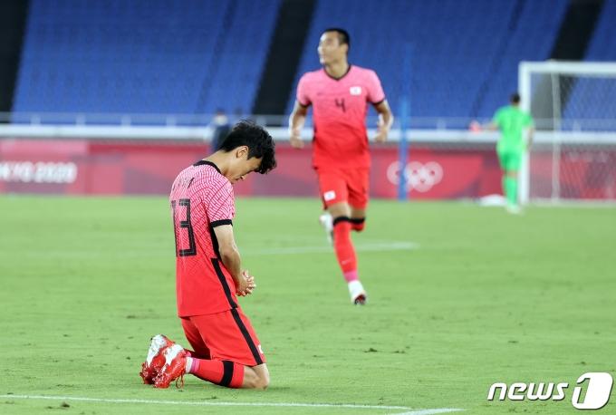 [사진] 김진야 '간절한 기도'